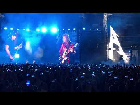 """Metallica спела песню """"Группа крови"""""""