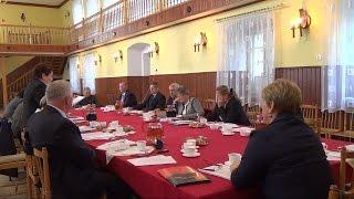 preview picture of video 'XXXIX Sesja Rady Gminy Włoszakowice'
