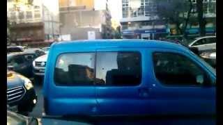preview picture of video 'Pelea en la 9 de julio Argentina.!'