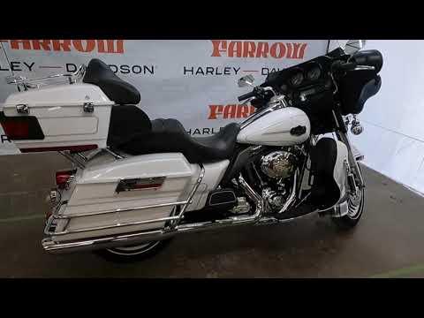 2012 Harley-Davidson Electra Glide Ultra Classic FLHTCU 103