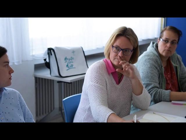 Anne Embser blickt auf die Teilprozessgruppen bei