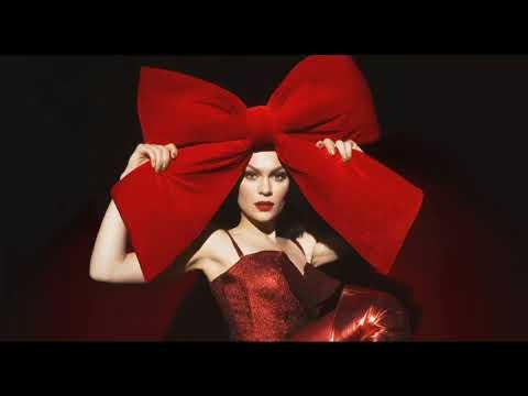 Rockin' Around The Christmas Tree - Jessie J