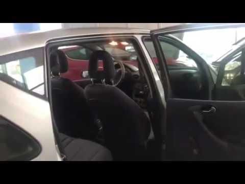 Die technischen Charakteristiken der Volkswagen tuareg das Benzin