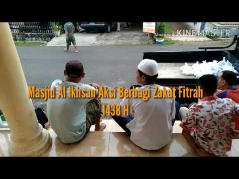 Video Panitia Zakat Masjid Al Ikhsan Menyalurkan Zakat Fitrah Di Akhir Bulan Ramadhan 1438H