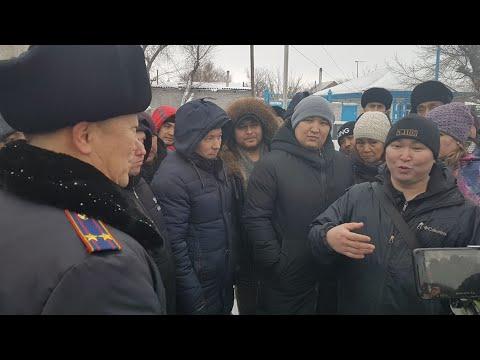 Казахстанцев просят заплатить налог за проданные машины