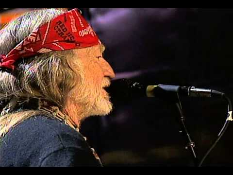 Willie Nelson - Me & Paul (Live at Farm Aid 2004)