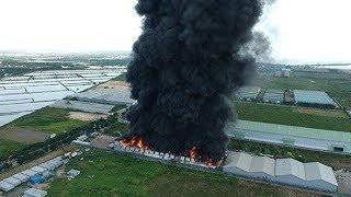 Kawasan Pabrik Maspion di Gresik Terbakar, Asap Hitam Membumbung Tinggi