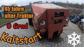 Alten Traktor Motor kalt starten, mit Gaspedaltrommeln
