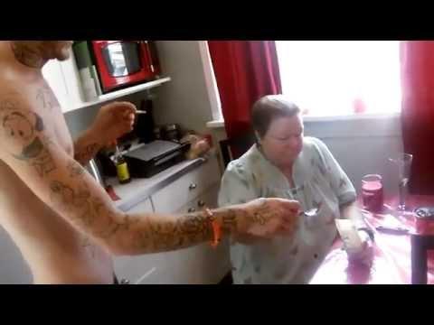Peeling do ciała z kawą w domu odchudzania wideo