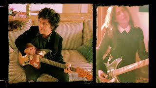 Billie Joe Armstrong Of Green Day - Manic Monday Feat. Susanna Hoffs Of The Bangles
