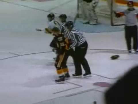 Andrew Herle vs Ryley Miller