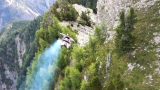 Wingsuit proximity racing: The Formula White Line