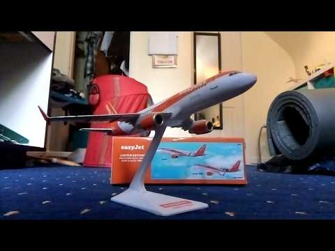 Review for the Limited Edition easyJet Airbus A320 1:200 scale model