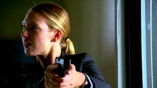 Fringe HD 1x05 Power Hungry - Olivia Chasing Meegar
