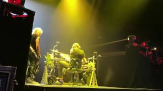 Backstage from the view of Rick Allen's drum tech Jeff Diffner