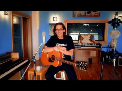 Song Structure (Ralph Covert's Online Songwriting Course)
