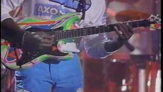 (BETTER QUALITY!) Living Colour performing 'Cult Of Personality' on Arsenio