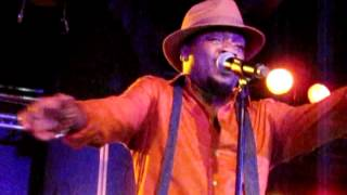 Anthony Hamilton Live @ De Nieuwe Oogst Maashaven Rotterdam 12-4-2012 - Who's Loving You