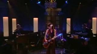 Feist - Secret Heart (Live At The Rehersal Hall)