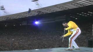 Queen - improvvisazione vocale (Live At Wembley)