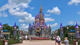 Relaxing Walk Around Magic Kingdom In 4K   Walt Disney World Resort Orlando Florida August 2020