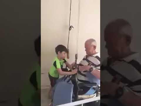 I bambini vedono il sesso con gli animali