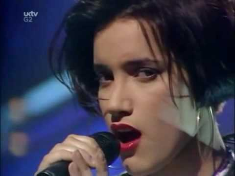 Martika Toy Soldiers (TOTP 1989)