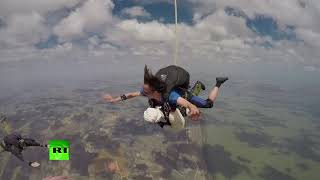 102yo woman sets skydiving record