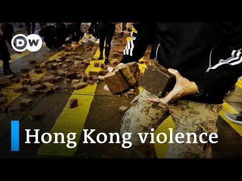 70-year-old  Hong Kong man killed in crossfire of hurled bricks | DW News