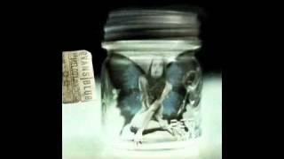 Cold (But I'm Still Here) - Evans Blue