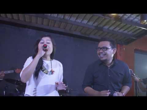 Video Dia - cover by ESPRESSIVO Band (Live @Lumbung Resto Purwokerto)