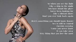 Alicia Keys - 09. Like the Sea (Lyrics)