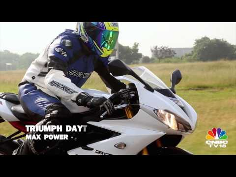 Triumph Daytona 675R - On Track