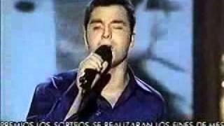 """Juan Camus """"Atado a tu amor"""" Operacion Triunfo Gala 05 (26/11/2001)"""