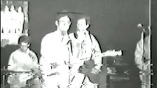DEVO - Satisfaction - live 1977