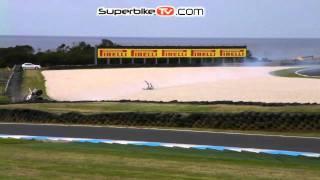 Superbike TV: Jonathan Rea Crash [Phillip Island 22nd February 2011]