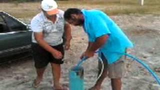 Tirando Agua do Poço com Motor de Geladeira
