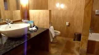 preview picture of video 'Kuramathi Deluxe Beach Villa   2010'