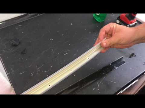 Wandabschlussleiste montieren Wandabschlussprofil an Arbeitsplatte anbringen Küchenmontage Anleitung