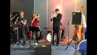 Trombone Kellie & the Muddy Roaders