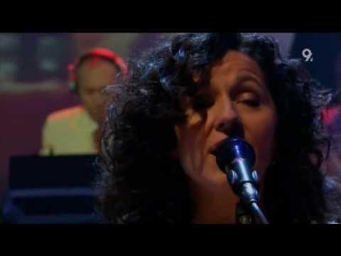 Gotan Project - Diferente (Live Jools Holland 2006)