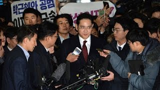 Samsung vice chairman arrives for questioning over scandal