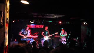 Bear Hands - Bad Friend (Live)
