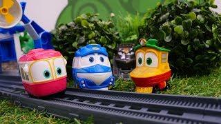 Видео с игрушками. Роботы поезда: поиски Сэлли.