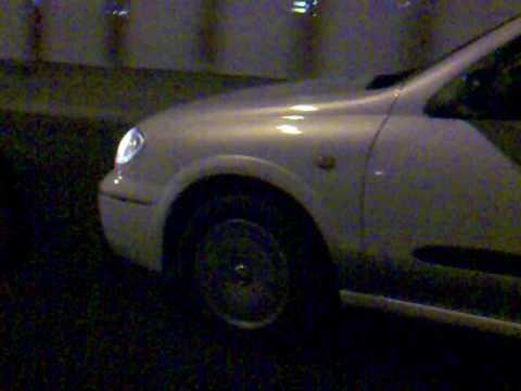 Opel astra at 1.6 welche das Benzin