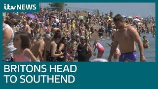 Southend beach packed during coronavirus lockdown   ITV News