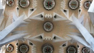 preview picture of video 'Inside Sagrada Familia - Barcelona, Spain'