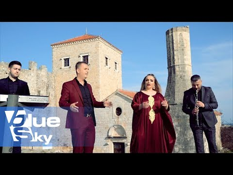 Linda  Hakaj  &  Ismet  Aloshi - Paska  vra  Sula  Tafilin  (Official video 4K )