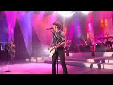 Jonas Brothers - SOS (Live Disney Channel Games 2008) Mp3