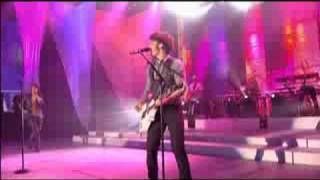 Jonas Brothers - SOS (Live Disney Channel Games 2008)